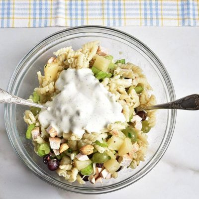 Cashew-Chicken Rotini Salad recipe - step 4