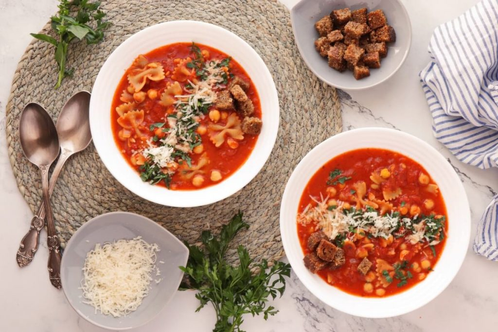 How to serve Chickpea Pasta Soup
