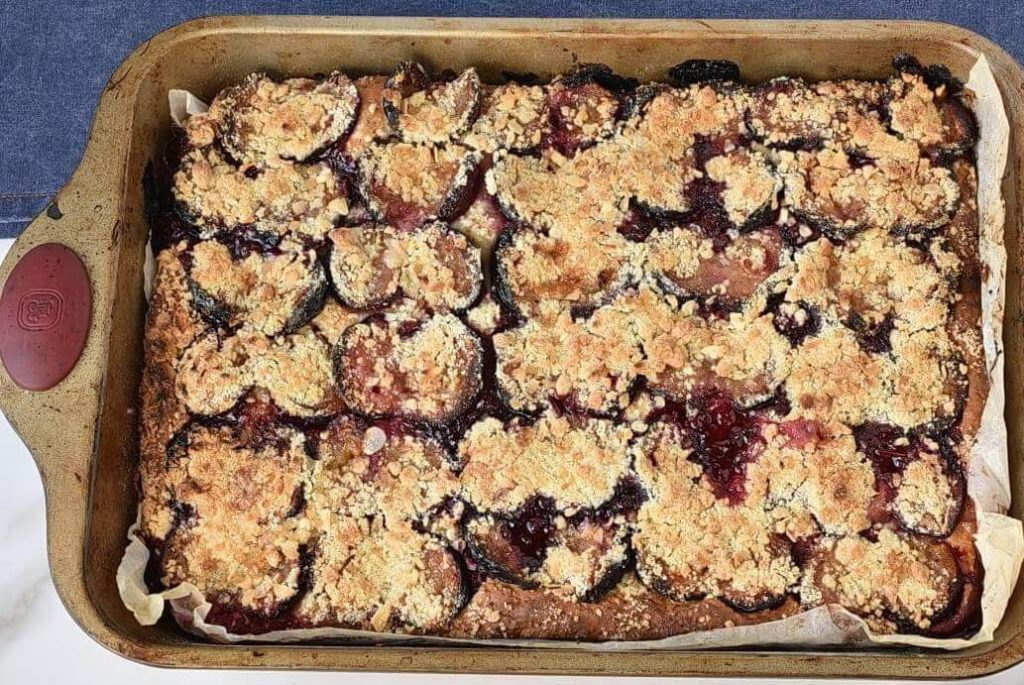 German Damson Plum Cake recipe - step 8