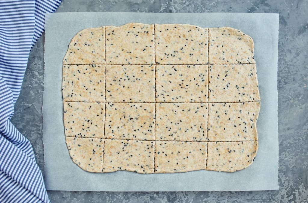 Homemade Whole Wheat Crackers recipe - step 5