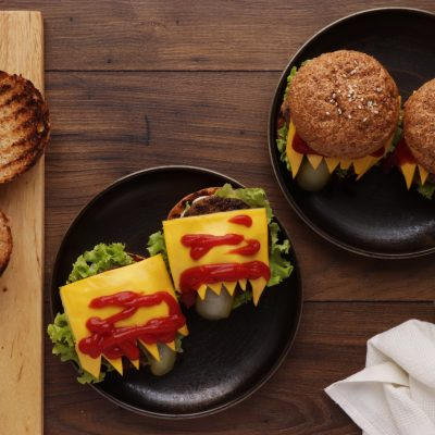 Halloween Monster Burgers recipe - step 5