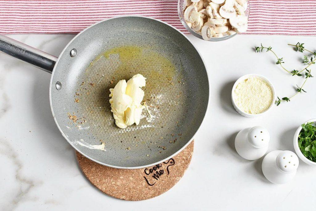 Mushroom and Thyme Butter Spelt Spaghetti recipe - step 4