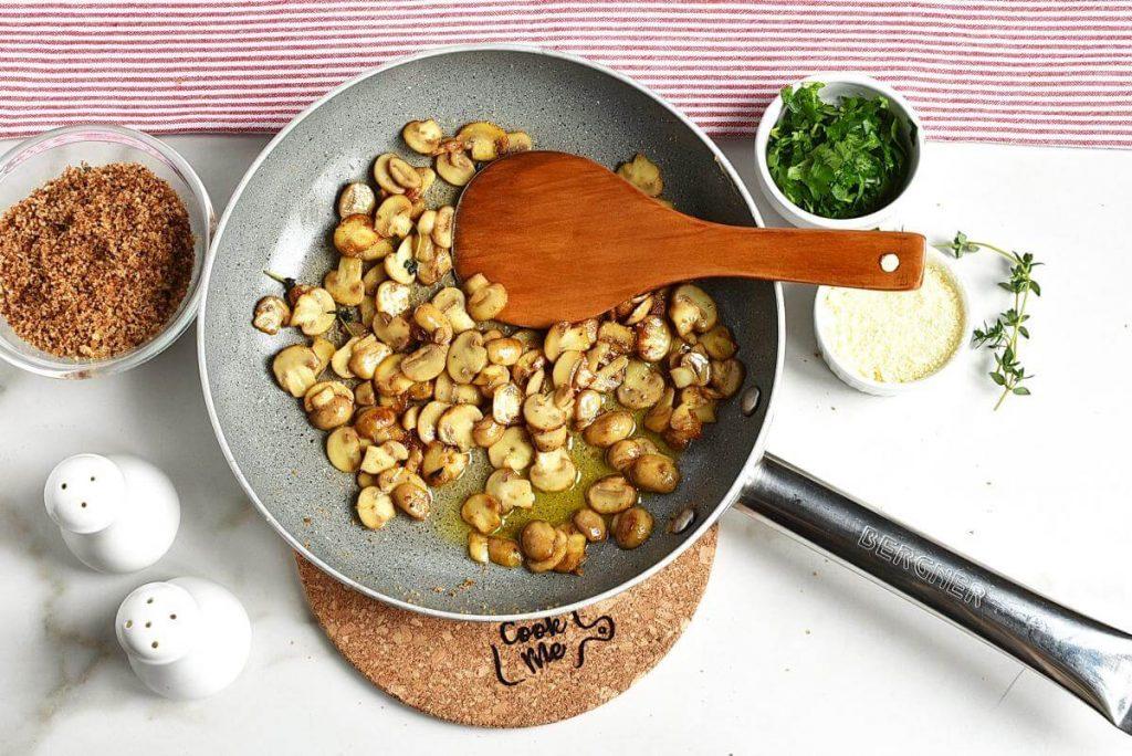 Mushroom and Thyme Butter Spelt Spaghetti recipe - step 5