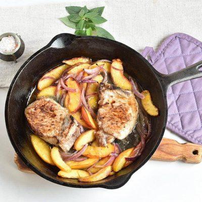Peach Pork Chops recipe - step 6