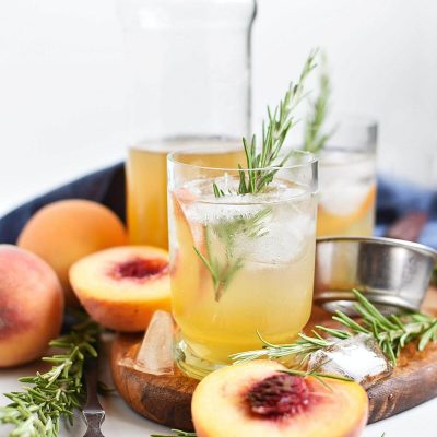 Peach-Rosemary Shrub Syrup Recipe–Homemade Peach-Rosemary Shrub Syrup–Easy Peach-Rosemary Shrub Syrup