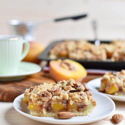 Peach Streusel Slab Pie Recipe–Homemade Peach Streusel Slab Pie–Delicious Peach Streusel Slab Pie