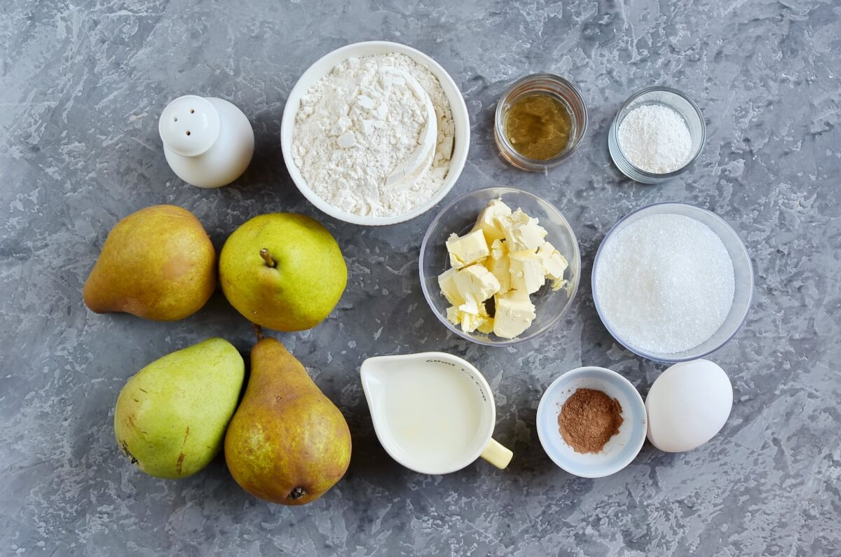 Ingridiens for Pear Cake with Cinnamon Sugar