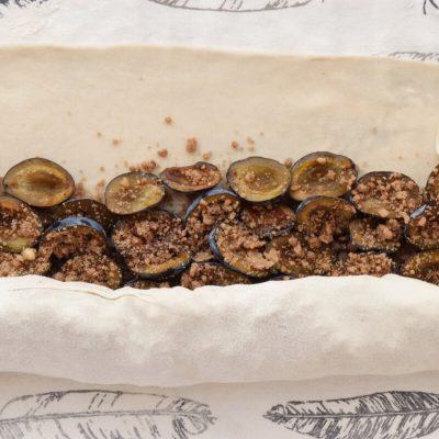 Plum Strudel with Cinnamon Streusel recipe - step 8