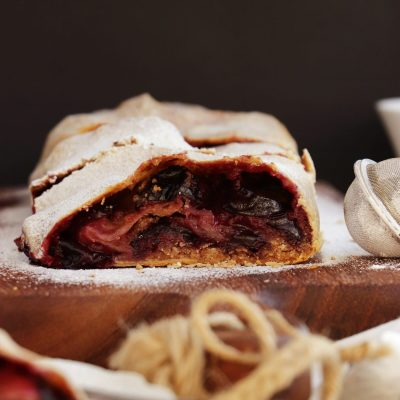 Plum Strudel With Cinnamon Streusel Recipe-Easy Strudel-Strudel with Plums