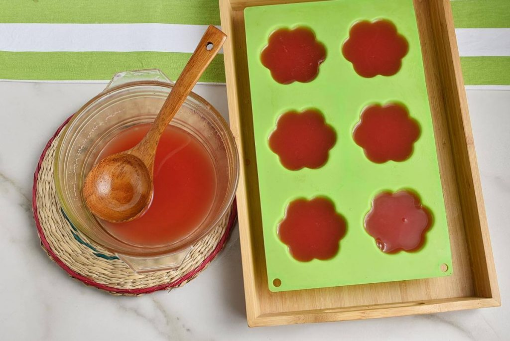 Vegan Watermelon Jello recipe - step 4