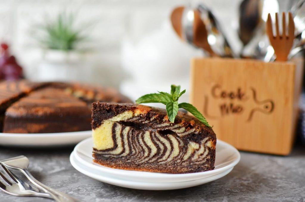 How to serve The Best Zebra Cake