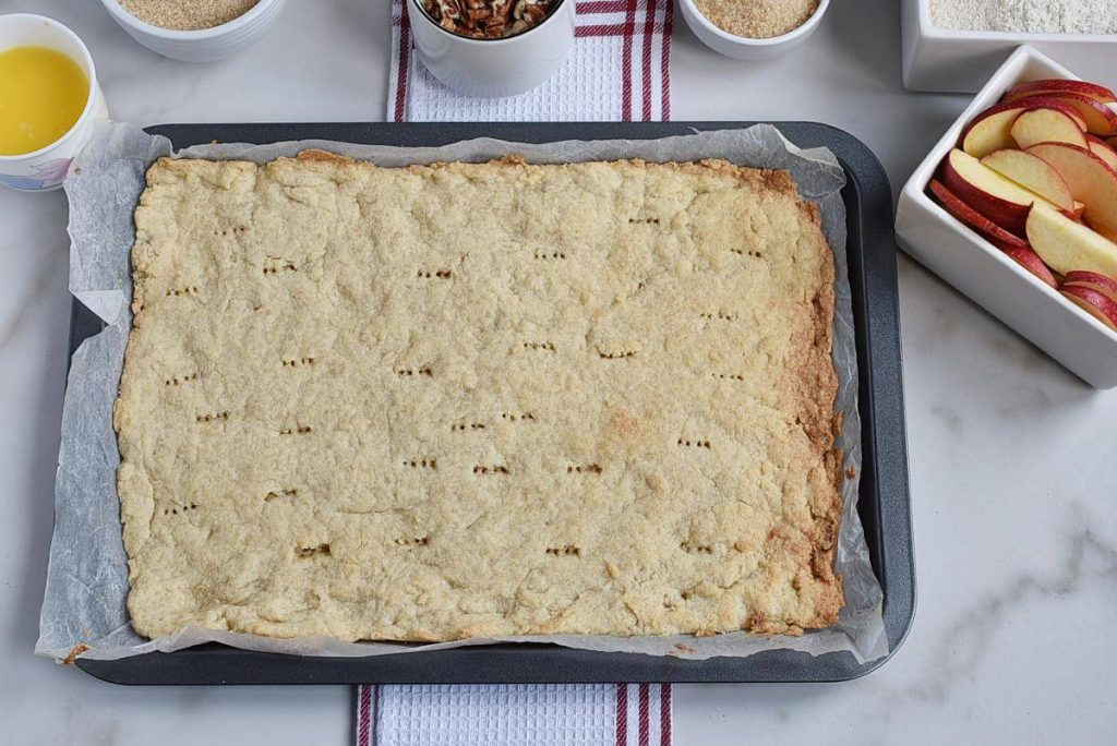 Apple Pie Bars recipe - step 4