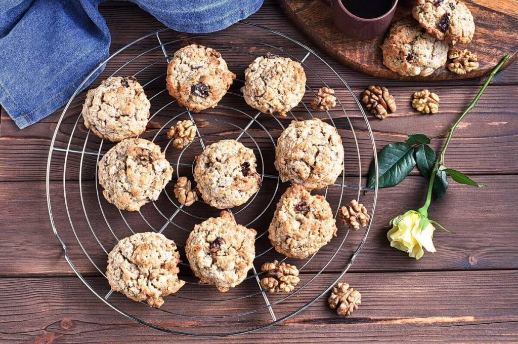 How to serve Autumn Harvest Cookies