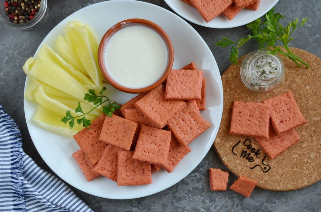 Beet and Cheddar Crackers Recipe-How To Make Beet and Cheddar Crackers-Delicious Beet and Cheddar Crackers