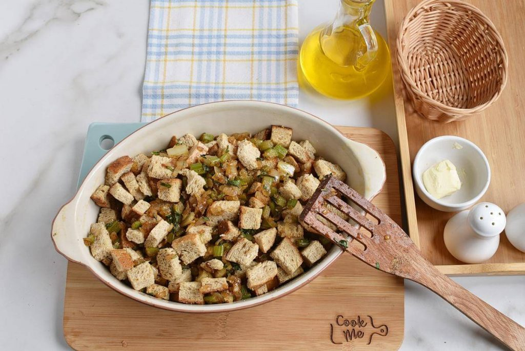 Classic Gluten-Free Stuffing recipe - step 6