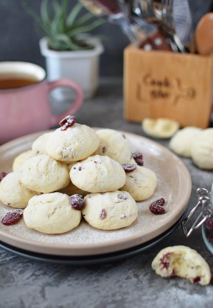 Cranberry German Cookies
