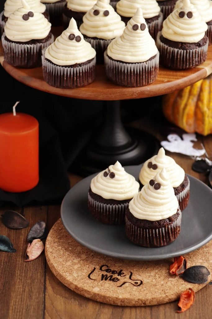 Scary ghostly treats
