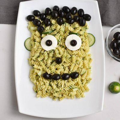 Frankenstein Pasta for Halloween recipe - step 5