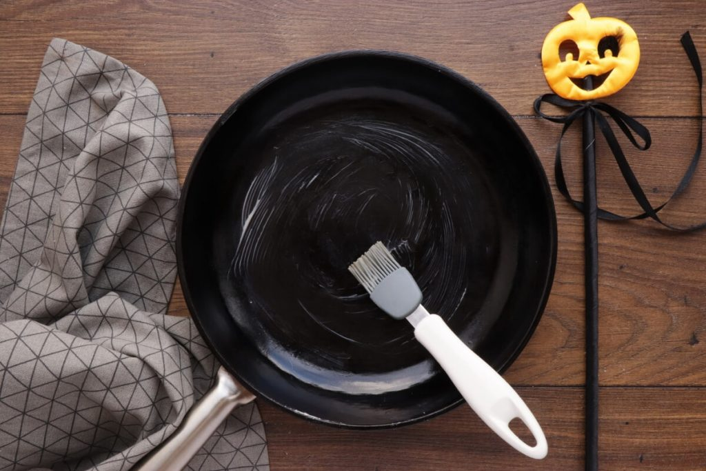 Halloween Buffalo Chicken Skillet Dip recipe - step 1