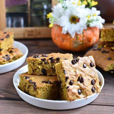 Pumpkin-Chocolate-Chip-Bars-Recipes–Homemade-Pumpkin-Chocolate-Chip-Bars–Easy-Pumpkin-Chocolate-Chip-Bars