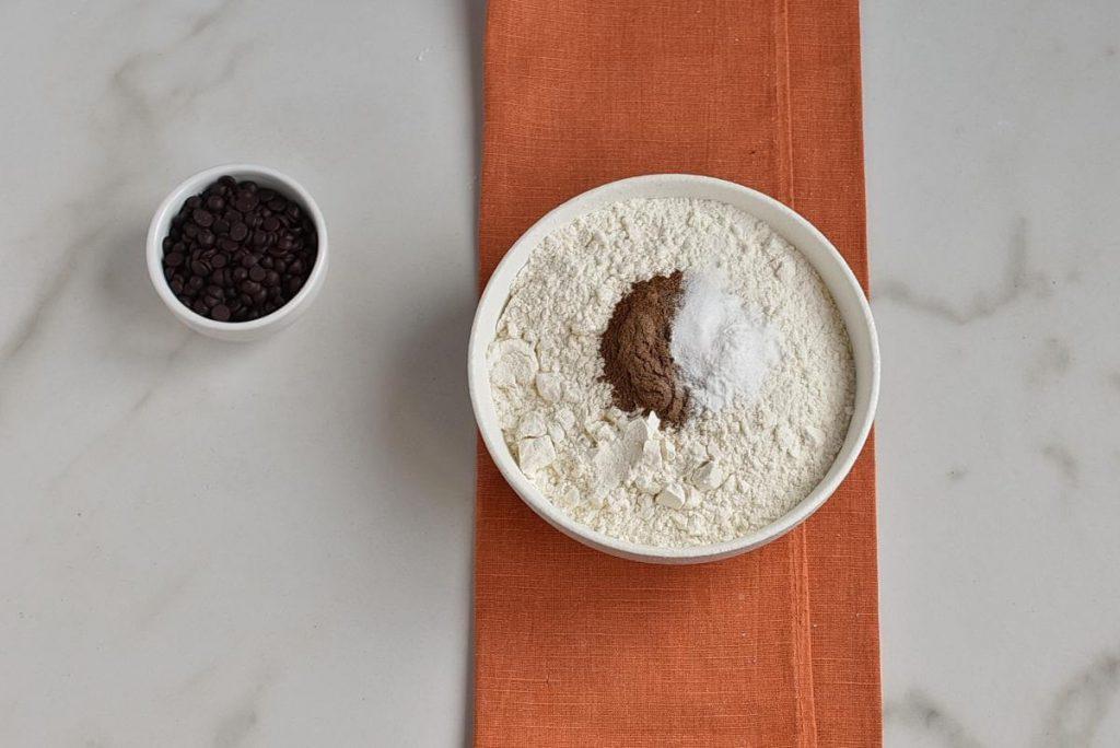 Pumpkin Chocolate Chip Bars recipe - step 2