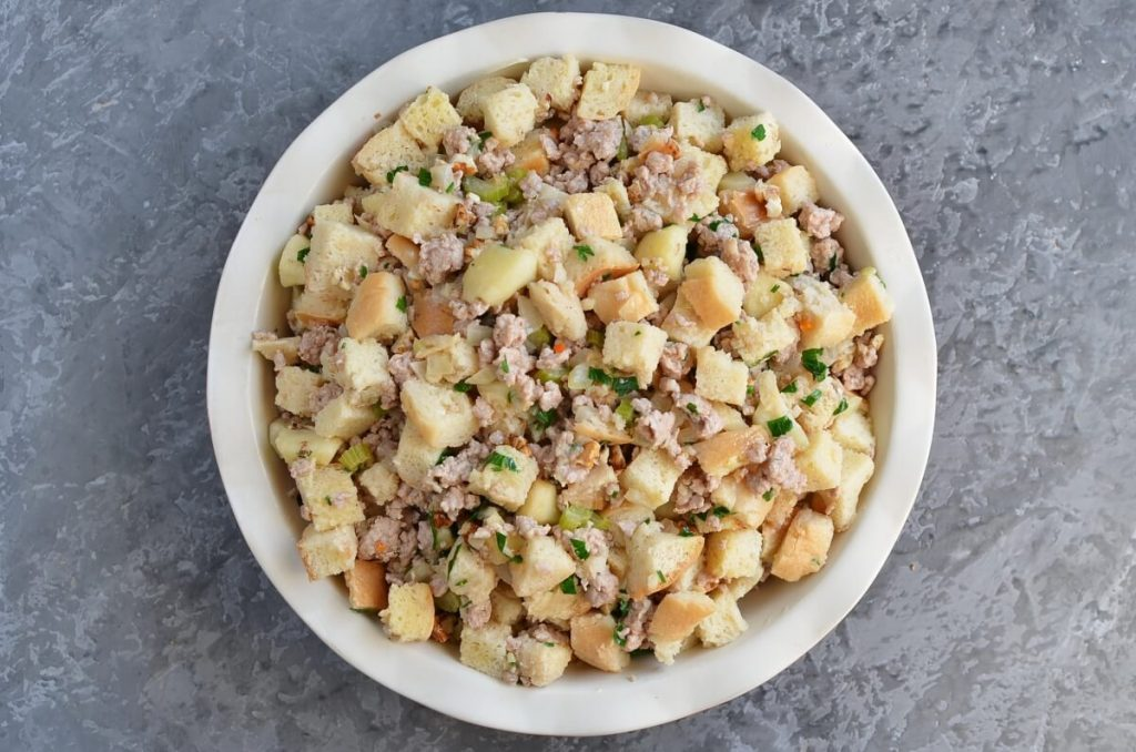 Sage, Sausage and Apple Dressing recipe - step 8