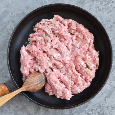 Sage, Sausage and Apple Dressing recipe - step 3