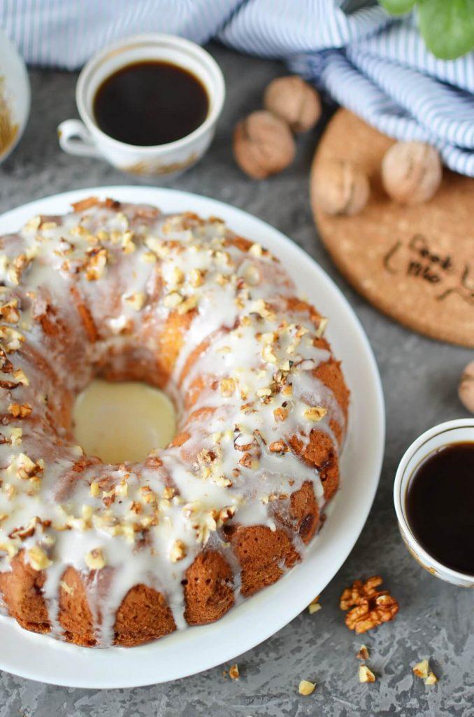 Spiced Apple-Mascarpone Bundt Cake