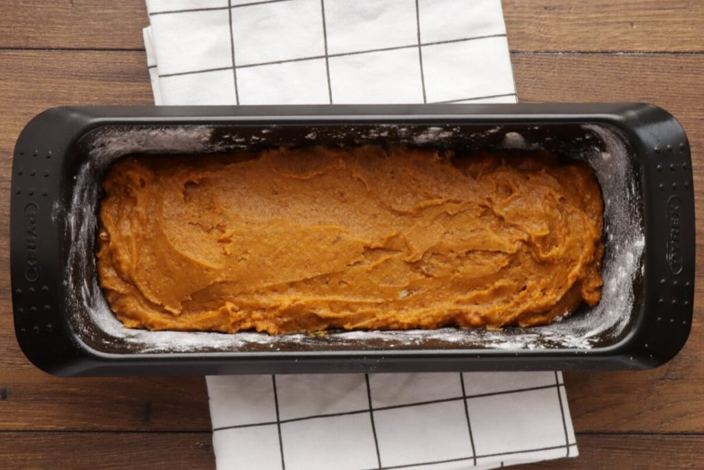 Vegan Pumpkin Streusel Bread recipe - step 5