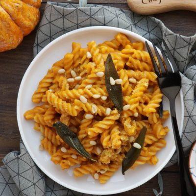 Vegan Pumpkin Mac and Cheese Recipe-Creamy Vegan Pumpkin Mac and Cheese-Pumpkin Mac and Cheese Vegan
