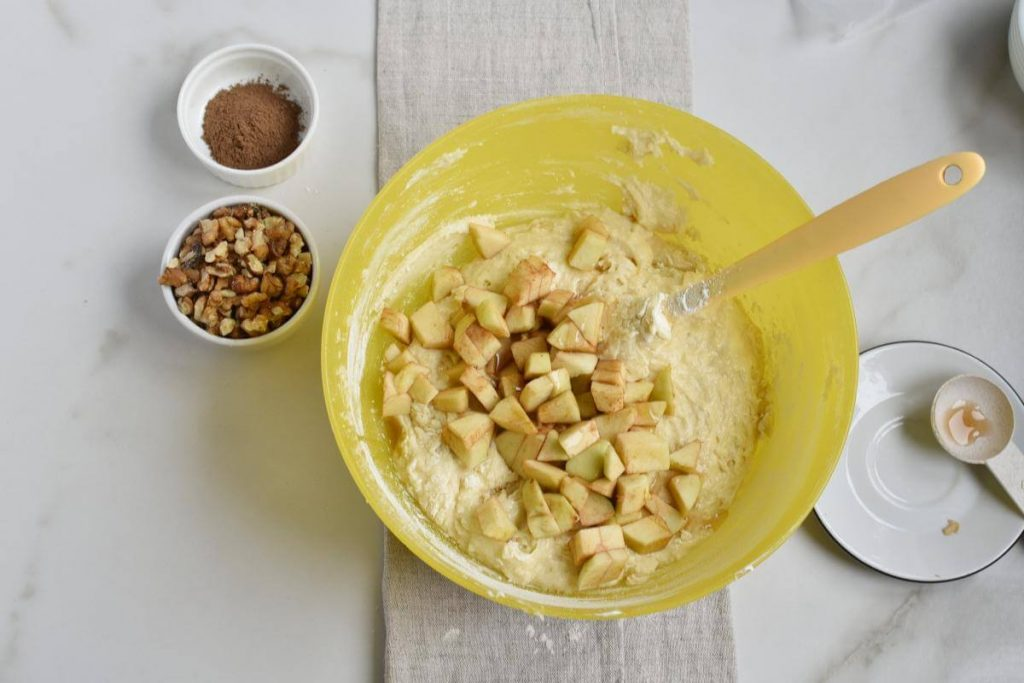 Apple Sour Cream Coffee Cake recipe - step 8