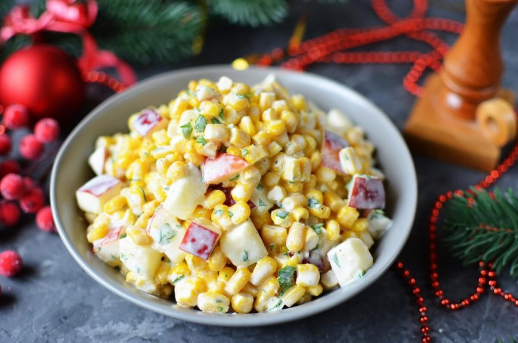 How to serve Apple and Corn Salad