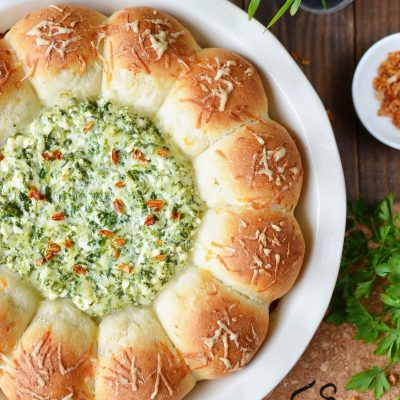 Baked Biscuit Wreath Dip Recipe-How To Make Baked Biscuit Wreath Dip-Delicious Baked Biscuit Wreath Dip