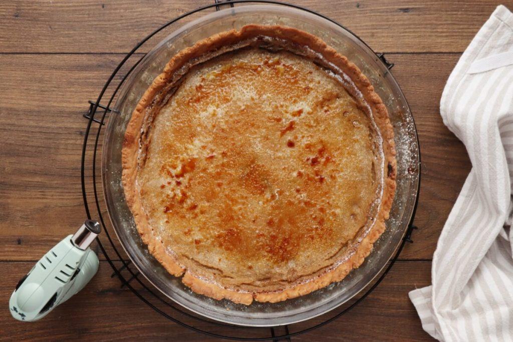 Bruleed Coffee and Pear Tart recipe - step 10