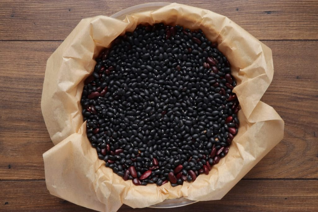 Bruleed Coffee and Pear Tart recipe - step 3