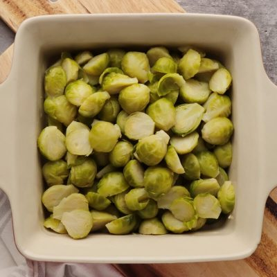 Brussels Sprouts and Grapes au Gratin recipe - step 2