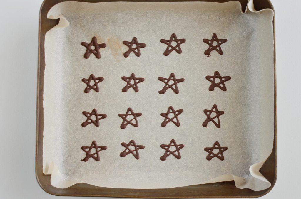 Christmas Tree Meringue Cookies recipe - step 10