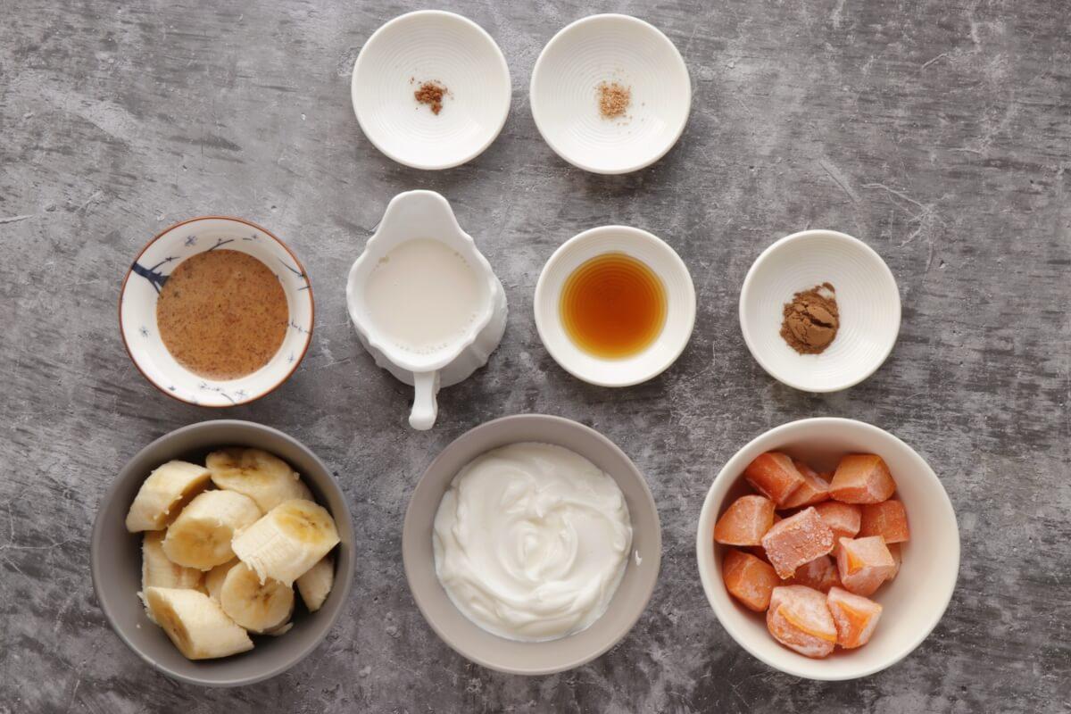 Ingridiens for Cinnamon Sweet Potato Pie Smoothie