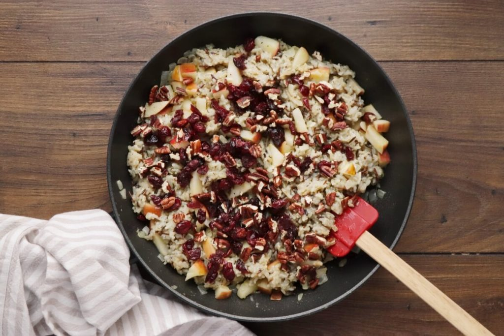 Cranberry Apple Pecan Wild Rice Pilaf recipe - step 8