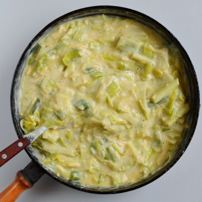 Creamed Leek Tart recipe - step 4