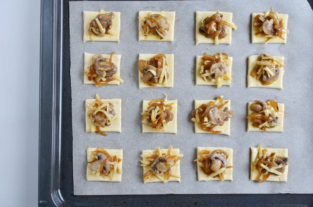Gruyere, Mushroom & Caramelized Onion Bites recipe - step 10