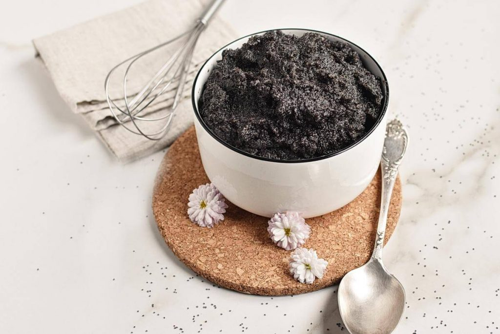 How to serve Homemade Poppy Seed Filling