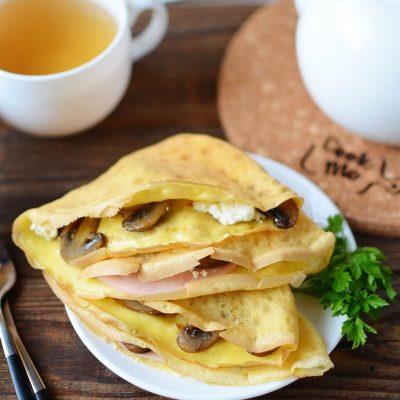 Mushroom Ham and Goat's Cheese Pancakes Recipe-How To Make Mushroom Ham and Goat's Cheese Pancakes-Delicious Mushroom Ham and Goat's Cheese Pancakes