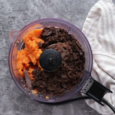 Sweet Potato Chocolate Cake recipe - step 3