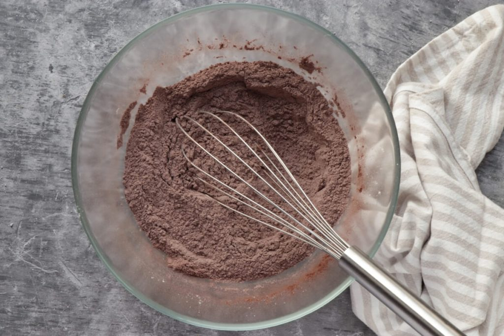 Sweet Potato Chocolate Cake recipe - step 6