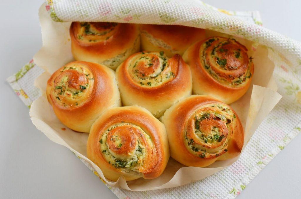 Tear & Share Feta Herb Bread recipe - step 13