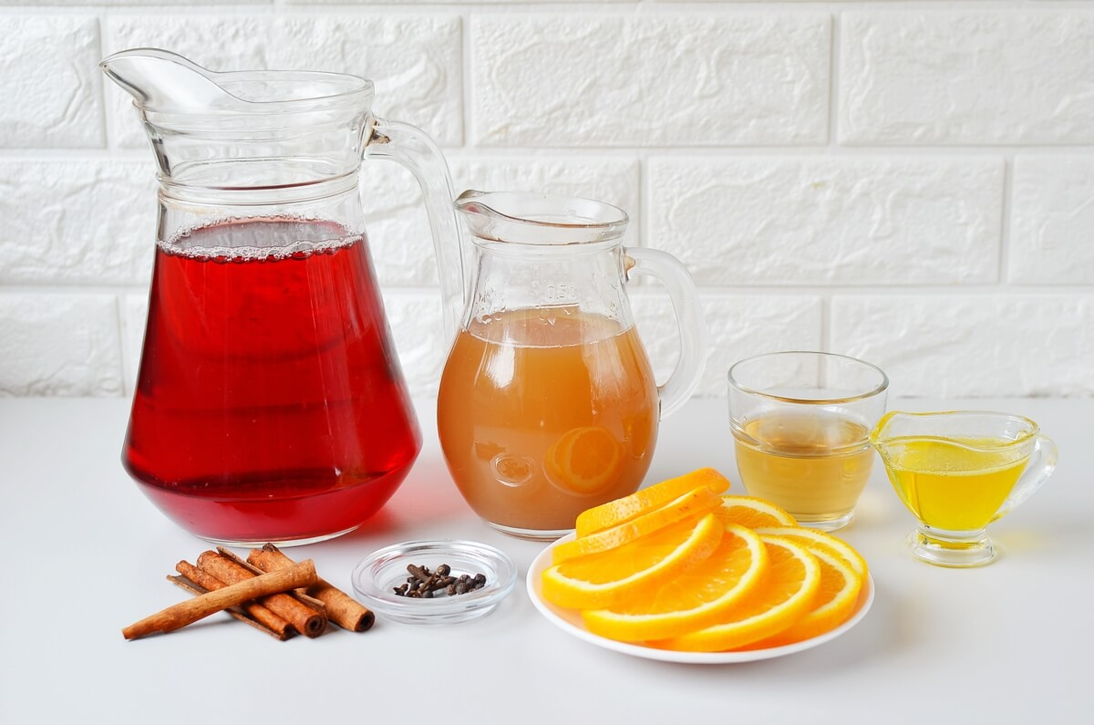 Ingridiens for The Best Mulled Wine Recipe