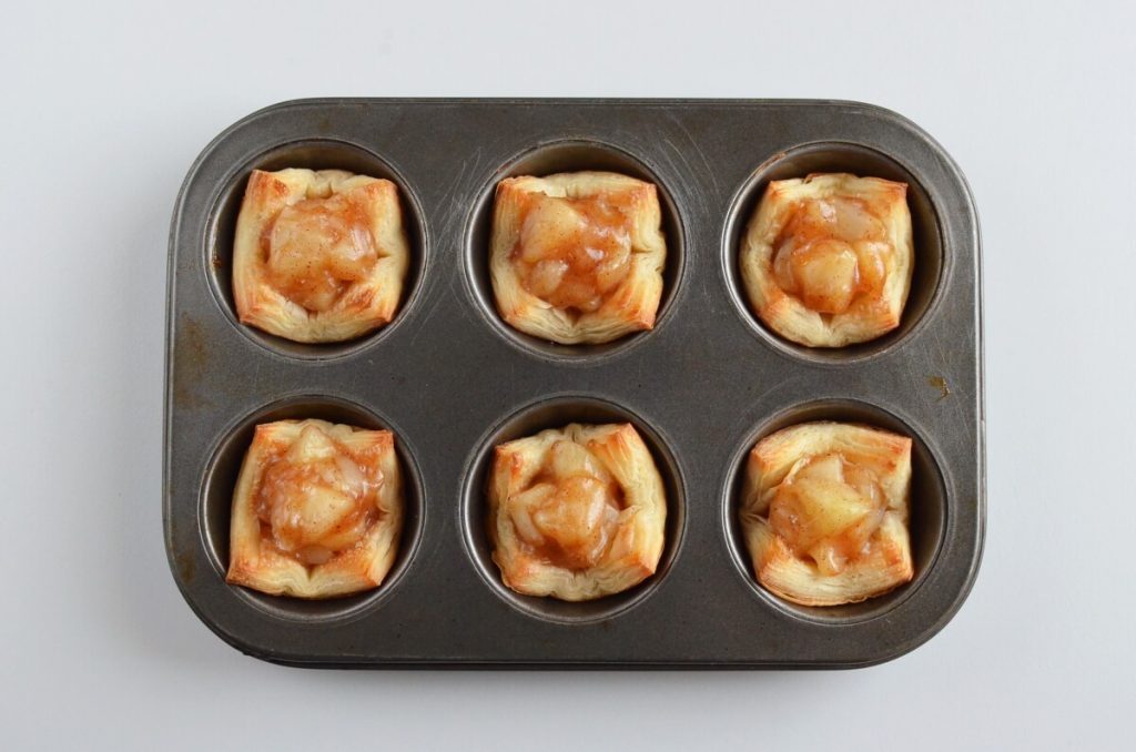 Apple Pie Cups with Puff Pastry recipe - step 9