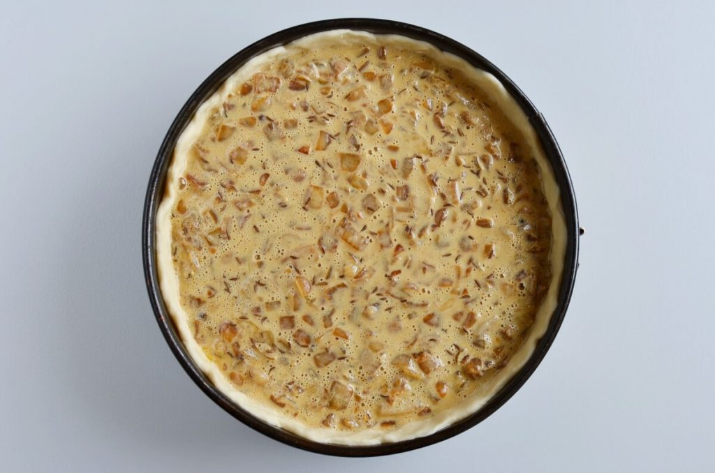 Authentic Schwäbischer Zwiebelkuchen recipe - step 7
