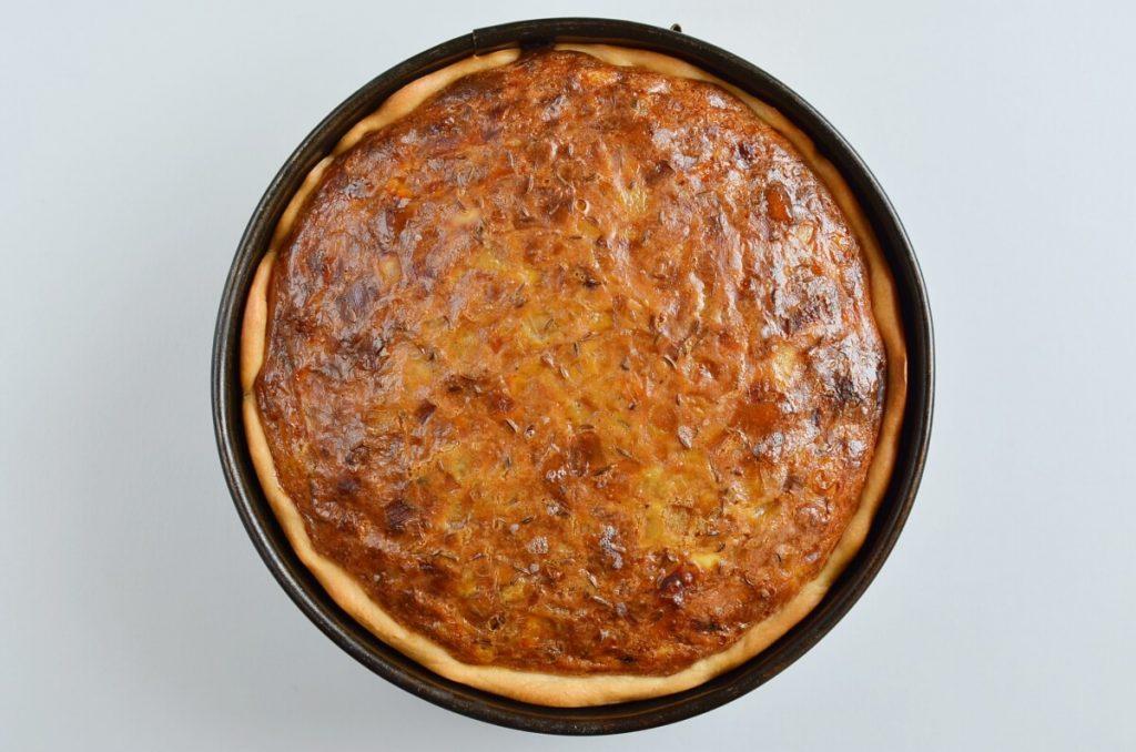Authentic Schwäbischer Zwiebelkuchen recipe - step 8